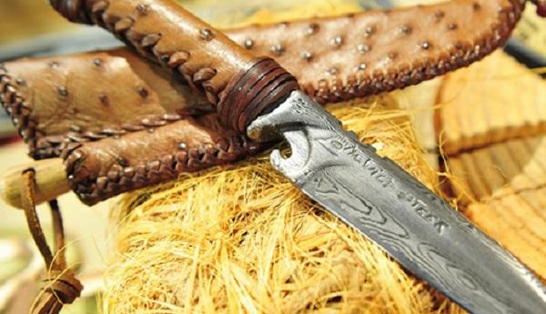 les 10 meilleurs aciers en coutellerie pour les couteaux. Black Bedroom Furniture Sets. Home Design Ideas